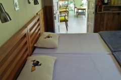 cheap stay in uttarkashi